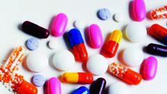 Стоит ли заменять прописанные лекарства аналогами