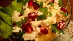 Как приготовить легкий салат с курицей