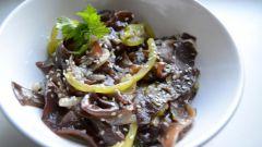 Салат из китайских грибов Муэр
