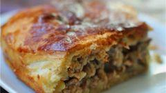 Как приготовить пирог с говядиной и баклажанами