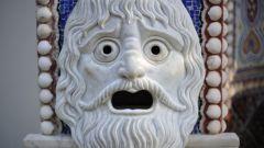 В чем выступали актеры в театре Древней Греции