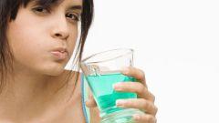 Чем лучше полоскать рот после удаления зуба