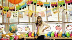 Что подарить воспитателю детского сада