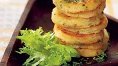 Картофельные блины с ореховой селедкой