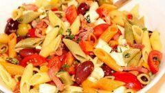 Как приготовить итальянский салат с пастой