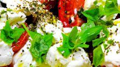 Тёплый салат с медовой заправкой