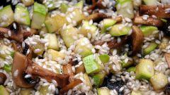 Как приготовить ризотто с грибами и кабачком?