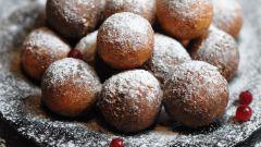 Как приготовить манные пончики с творогом