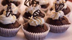 Шоколадное печенье с начинкой из сливок