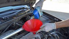 Как менять масло в автомобиле