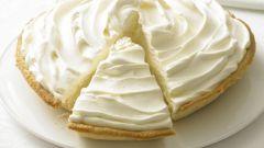 Banana cream sponge cake