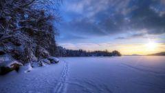 Почему зимой так рано темнеет