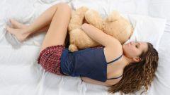 Почему больно спать на правом боку