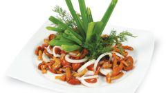 Рецепт салата с маринованными опятами