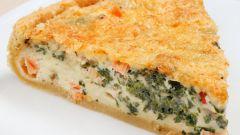 Как приготовить рыбный пирог со сметаной