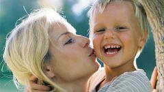 Как нужно хвалить ребенка