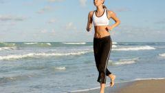 Фитнес на пляже и в воде