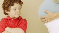 Когда следует рассказать первенцу о рождении второго ребенка