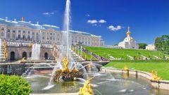 Отдых в России: знакомство с Петергофом