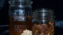 How to infuse vodka in the pine nuts