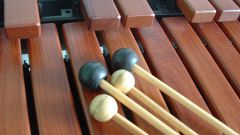How to play the xylophone