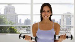 Как увеличить грудные железы: упражнения