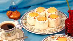 Ананасовое пирожное