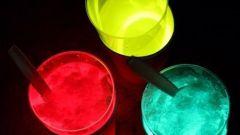 Как сделать светящуюся воду