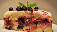 Десерт с голубикой и апельсиновым кремом