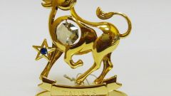 What precious stone is not suitable for Taurus