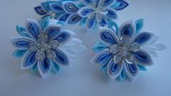 What kind of glue is used for the technique of kanzashi
