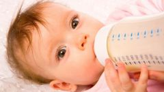 What mixture is recommended by pediatricians for newborns