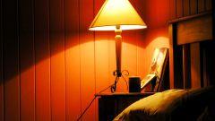 Как оформить спальню в дачном стиле