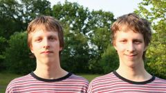 Какие имена дать близнецам