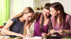 Как сделать тесто для пельменей тонким