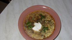 Готовим суп из маринованных огурцов с гречкой