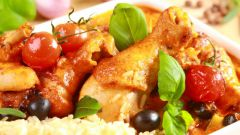 Курица в томатном соусе по-испански