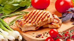 Как готовят стейк из свинины