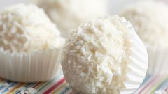 Как приготовить конфеты «Рафаэлло» в домашних условиях
