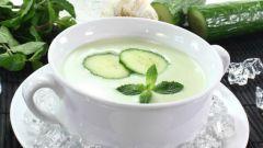 Сырой огуречный суп