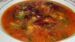 Острый суп из свинины с черной фасолью