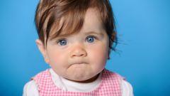 Надо ли прокалывать уши маленькой девочке
