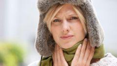 Как смягчить боль в горле