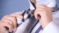 Как научиться завязывать галстук