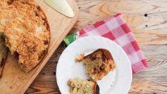 Как приготовить черешневый кекс с крошкой