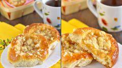 Выпечка: готовим ватрушки с яблоками и штрейзелем