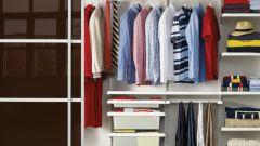 Раздвижные двери для гардеробной комнаты: плюсы и минусы