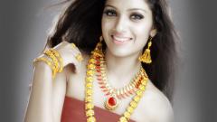 Где можно купить красивые индийские украшения