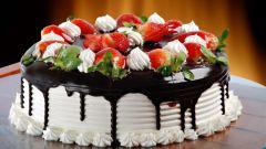 Необычные рецепты тортов с клубникой