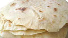 Как готовят армянский тонкий лаваш